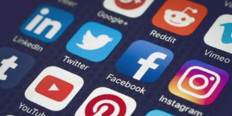 Sosyal Medyayı Arkanıza alın
